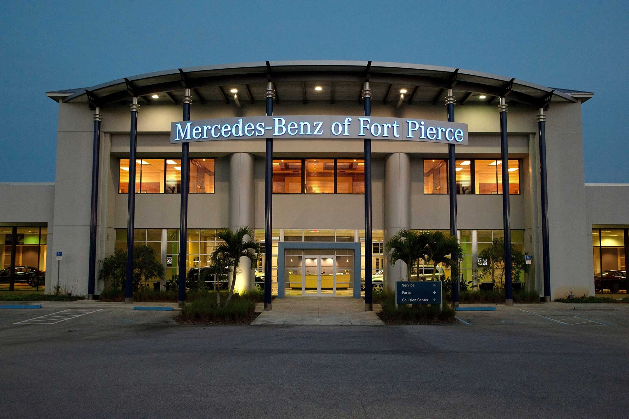 Gallery autobuildersautobuilders for Mercedes benz of fort pierce